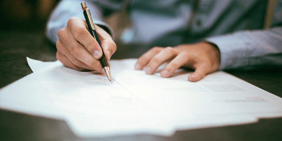 Desistimiento del inquilino en el contrato de alquiler